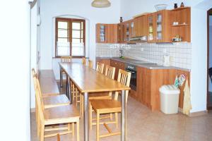 Pokoj 1 - kuchyň
